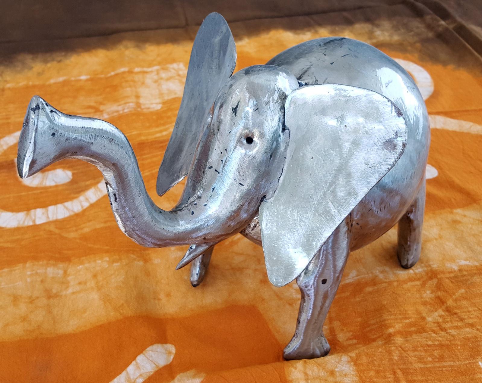 Elephant Mini brushed iron