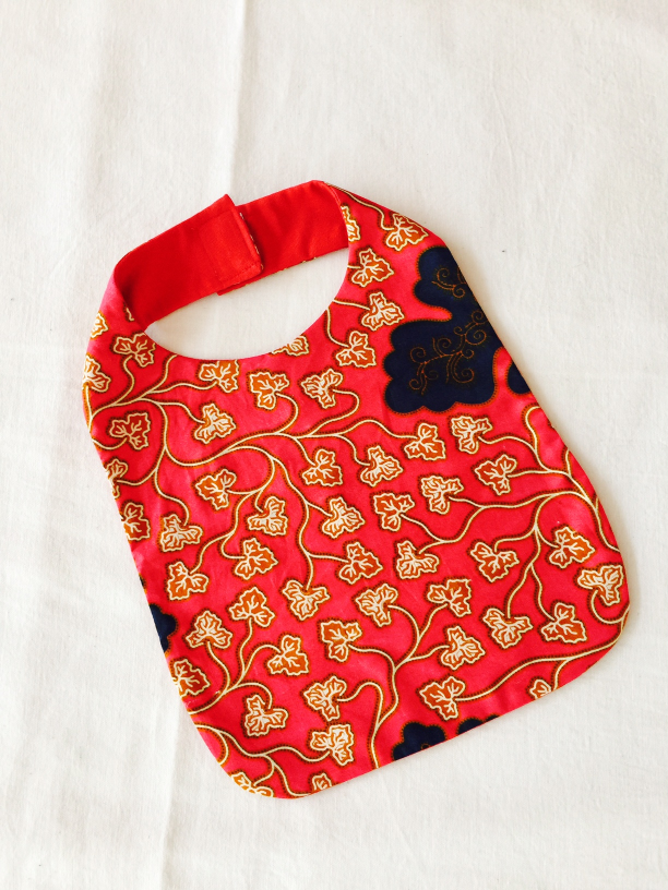 Bib with floral patterns