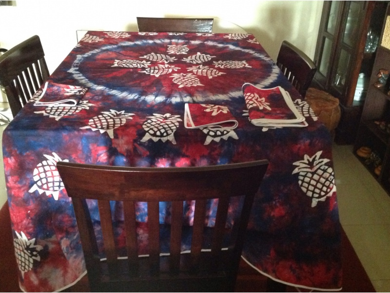 Tablecloth, manually dyed