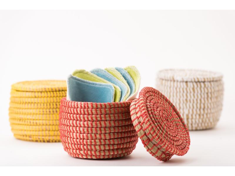 Large basket of 10 square washable wipes
