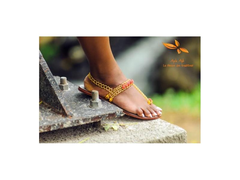 Kimia Sandals