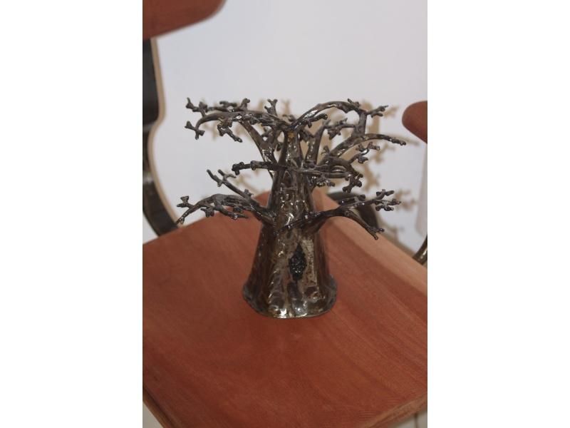 Metal baobab 3D