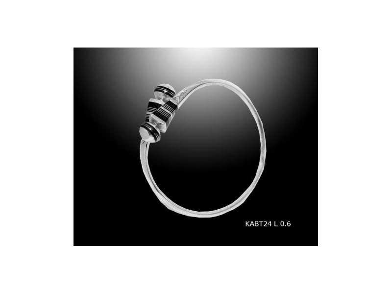 Un magnifique Bracelet Touareg en Argent et ébène
